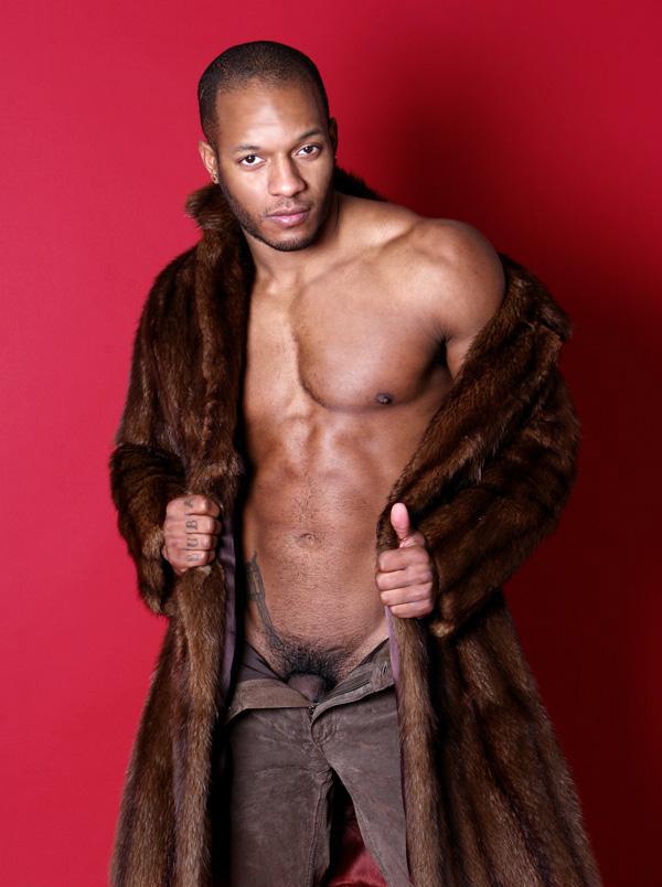 Un homme black nu : 5 juillet 2010