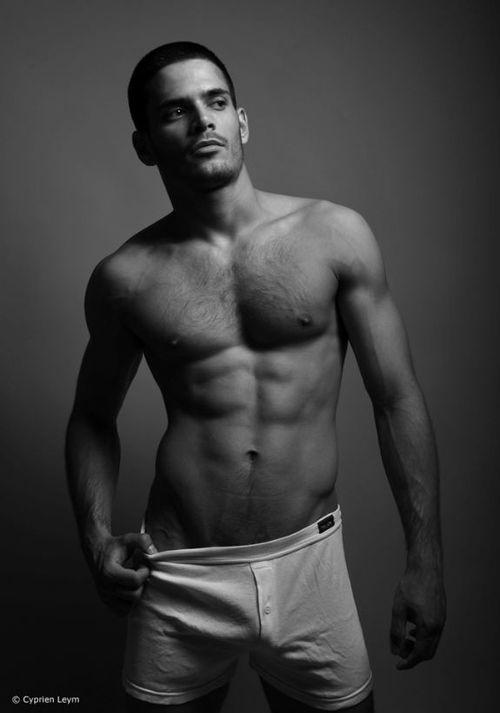 Bel homme nu célèbre Edouard Collin : octobre 2010