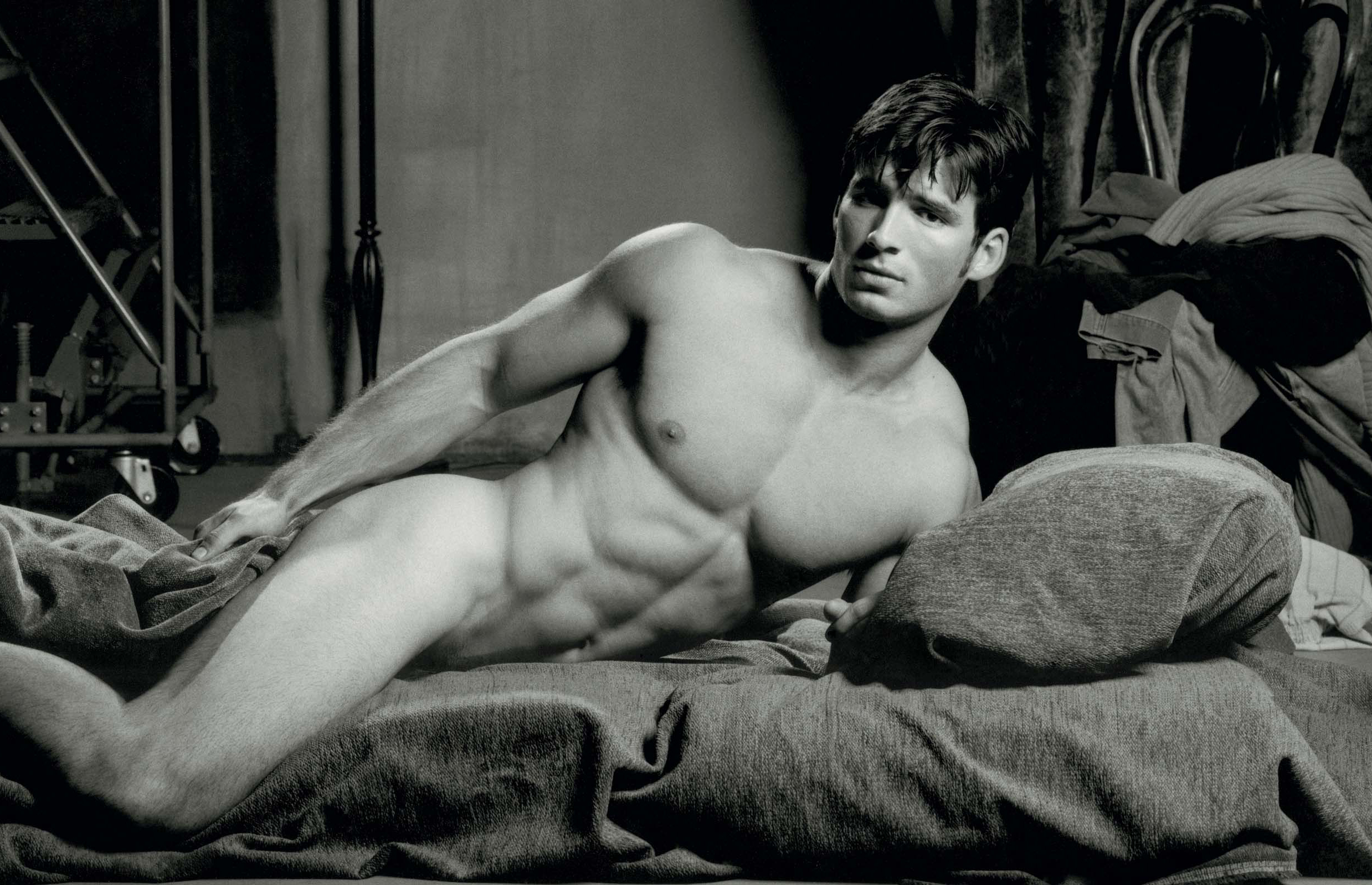 Un homme nu très mignon : 27 septembre 2010