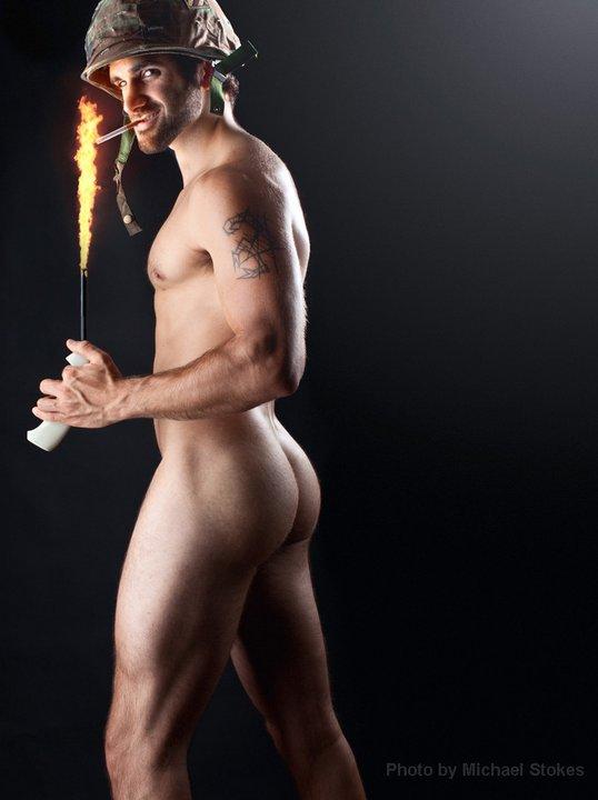 Un homme pompier nu : 29 janvier 2011