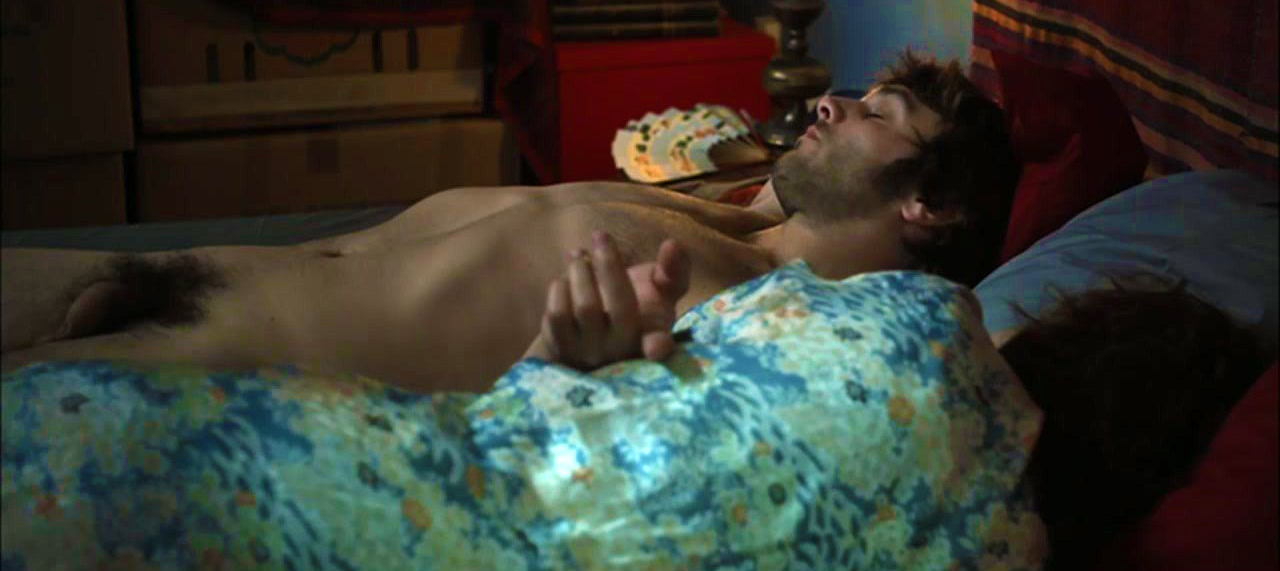 Pio Marmai nu : ce bel acteur Français est souvent à poil dans ses films