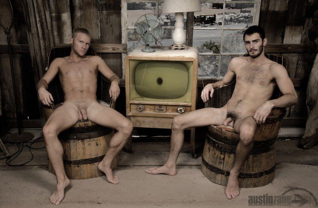 Homme Et Femme Nus Et Sexe Rase CLIP PORNO