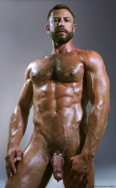 homme musclé gay gros bite arabe