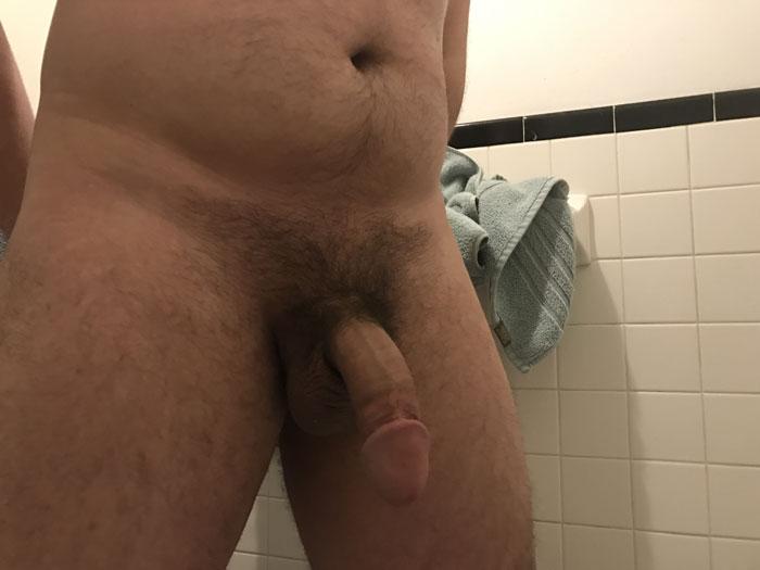 Selfie de bite sous la douche
